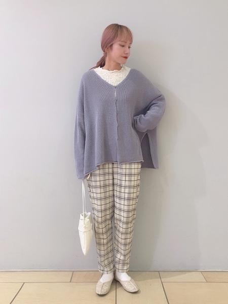 studio CLIPの【ハイストレッチ/ウォッシャブル】のびのび楽ちんテーパードパンツを使ったコーディネートを紹介します。 Rakuten Fashion(楽天ファッション/旧楽天ブランドアベニュー)1105754