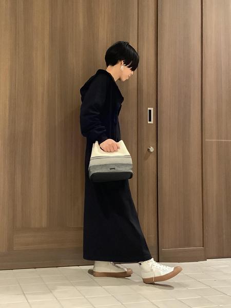 CAMPERの[カンペール] ISARI トートバッグを使ったコーディネートを紹介します。 Rakuten Fashion(楽天ファッション/旧楽天ブランドアベニュー)1108628