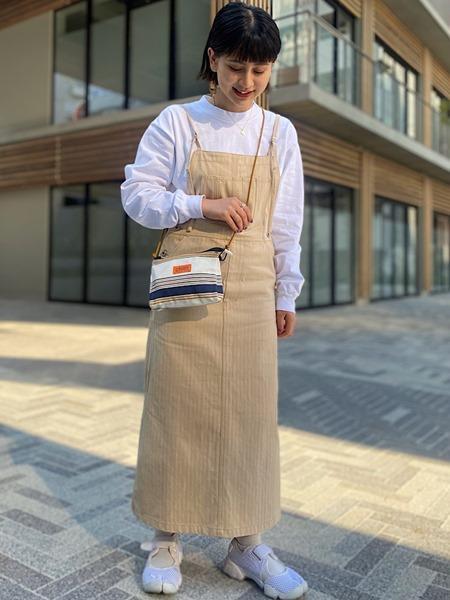 SHIPSの【SHIPS any別注】UNIVERSAL OVERALL: ボーダー デルタサコッチを使ったコーディネートを紹介します。 Rakuten Fashion(楽天ファッション/旧楽天ブランドアベニュー)1108657