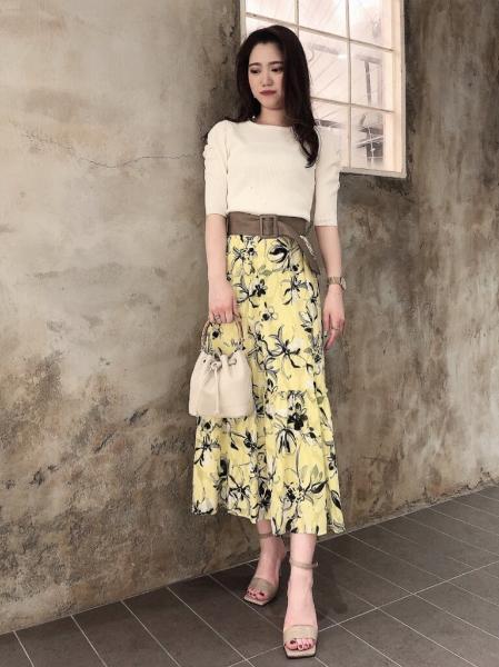 PINKY&DIANNEの◆ギャザースリーブRIBトップスを使ったコーディネートを紹介します。|Rakuten Fashion(楽天ファッション/旧楽天ブランドアベニュー)1109087