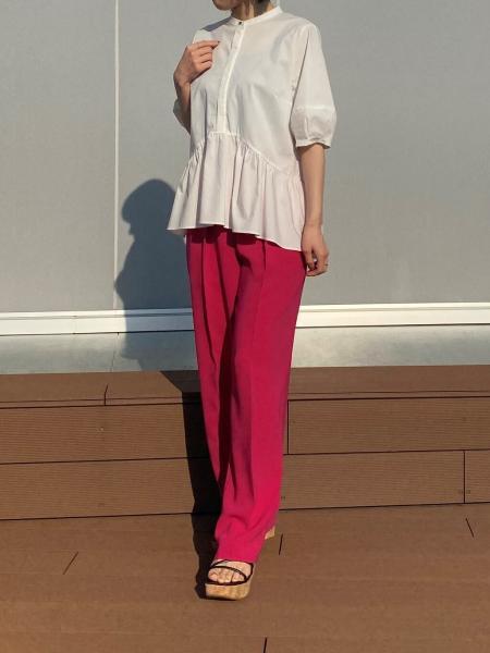 CAST:のボリュームギャザーブラウスを使ったコーディネートを紹介します。|Rakuten Fashion(楽天ファッション/旧楽天ブランドアベニュー)1112521